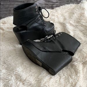 Size 7 faux leather lace up wedges